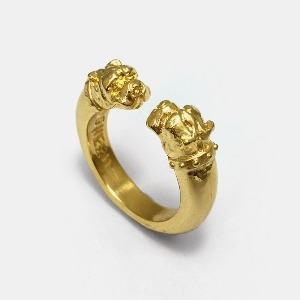 Crazy Dog Gold Ring