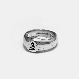 Hittite&co Icon Silver Ring